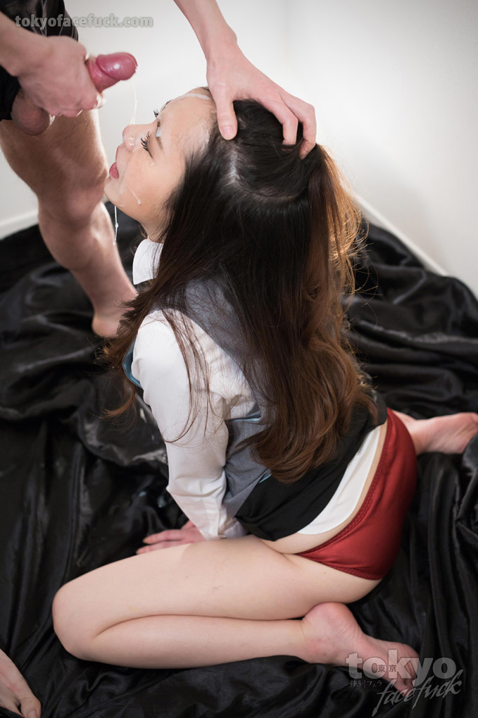 Japanese facefucking - Nao Isaka - TokyoFacefuck - BlowjobJapan.com